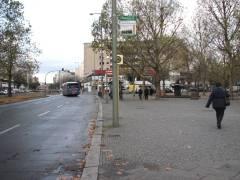 Adenauerplatz - Die Durchgangsverkehrseite