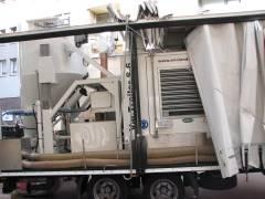 Mobile Großleistungs-Sauganlage zur fachgerechten Asbestsanierung am Klausenerplatz