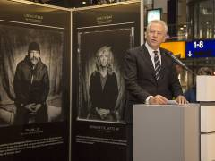 """Dr. Rüdiger Grube eröffnet die Ausstellung """"Die Unsichtbaren"""" / Foto © Frank Wecker"""