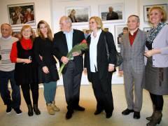 von links nach rechts - Arkadi Stoljahr, Valentina Spieß, Dara Spieß, Frank Wecker, Angelika Schöttler, Nikolai Paul und Larissa Neu