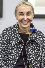 Die Sammlerin Carla Sozzani in der Helmut Newton Stiftung / Foto © Frank Wecker