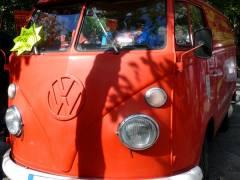 VW-Bulli im Nachbar-Kiez am Mierendorffplatz