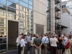 Galerien im Hof Potsdamer Straße 81 - Rundgang Avantgarde. Spurensuche. Juli 2014 / Foto © Gerhard Haug, Berlin