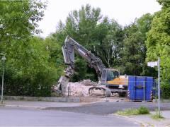 Abrißarbeiten an der Pulsstraße (Juni 2015)