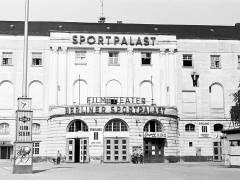 Berliner Sportpalast 1955 / Bildquelle Harald-Reportagen - Wikipedia