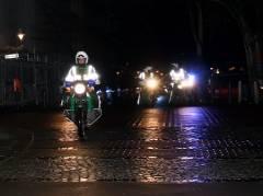 Berlin-Christmas-Biketour - Polizei sichert