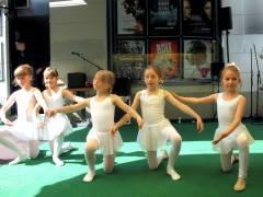 Sommer-Blues-Fest im Kiez - Kinderballett der Ecole de danse
