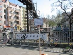 Spandauer-Damm-Brücke / vor dem alten Bahnhof - 22.04.2008