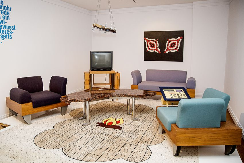 deutsches wohnzimmer. Black Bedroom Furniture Sets. Home Design Ideas