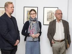 """Dr. Tobias Hoffmann, Inga Remmers und Ralph Jentsch kuratieren die Ausstellung """"George Grosz in Berlin"""" im Bröhan-Museum / Foto © Frank Wecker"""