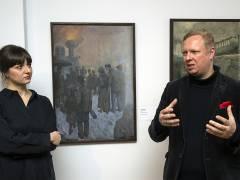"""Tobias Hoffmann und Anna Grosskopf - Kuratoren der Ausstellung """"Berliner Realismus. Von Käthe Kollwitz bis Otto Dix"""" im Bröhan-Museum / Foto © Frank Wecker"""