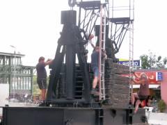 Abriss und Neubau der Spandauer-Damm-Brücke - Vorbereitungen zum Abriss des südlichen Teils der Brücke (Kranaufbau)
