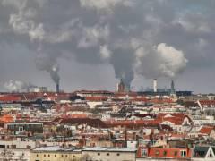 """Blick über den Bezirk Charlottenburg-Wilmersdorf (64,72 km²) - Freiheit für das CO2, liegt ja nicht im """"ÖkoKiez"""" (0,5 km²) des Bezirks"""