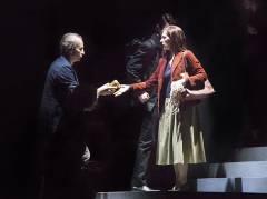 """Patrizia Ciofi und Dietrich Henschel in """"Heart Chamber"""" an der Deutschen Oper / Foto © Frank Wecker"""