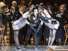 """""""La Rondine"""" in der Deutschen Oper / Foto © Frank Wecker"""