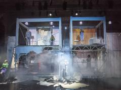 """""""Die Durchbohrung der Welt"""" in der Tischlerei der Deutschen Oper / Foto © Frank Wecker"""