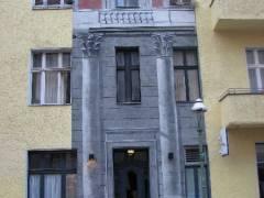 Fassadenmalerei in der Danckelmannstraße