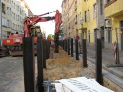 Bauarbeiten zur Erweiterung des Fernwärmenetzes - Vorbereitungen zur Verlegung der Rohre