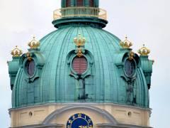 Kuppel des Schlosses Charlottenburg nach Sanierung (Dezember 2016)