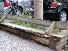 Holzbank in der Nehringstraße