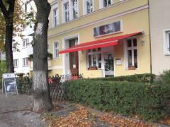 Gemütliches Gastgewerbe im Wohngebiet an der Sophie-Charlotten-Straße