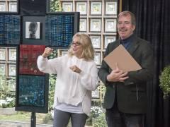Die Künstlerin Bettina WitteVeen und Pfarrer Martin Germer in der Kaiser-Wilhelm-Gedächtniskirche / Foto © Frank Wecker
