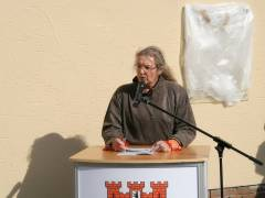 Bezirksbürgermeisterin Monika Thiemen spricht