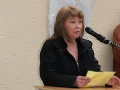 Frau Weichert, Leiterin des Hauses der Jugend Charlottenburg spricht