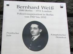 Gedenktafel für Bernhard Weiß