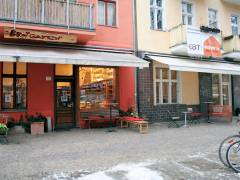 Der Brotgarten mit neuem Caf&eacute;