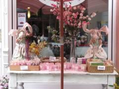 "Ostern vor dem ""Mezzo"" in der Nehringstraße"