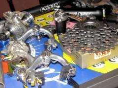 Zubehör und Ersatzteile im Campandi Fahrradladen