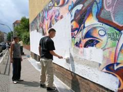 """Vorbereitungen zum Graffitti-Projekt am """"Haus der Jugend Charlottenburg"""" in der Zillestraße 54"""