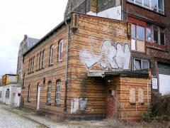 Alte, teilweise historische, Gebäude auf dem Gelände des ehemaligen Güterbahnhofs Charlottenburg