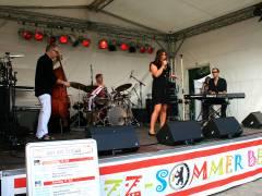 Jazzfest vor dem Schloß - Torsten Zwingenbergers JambaLions featuring Mirielle Miller