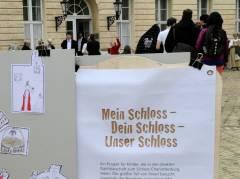 Fest der Jugendkunstschule Charlottenburg-Wilmersdorf vor dem Schloss Charlottenburg