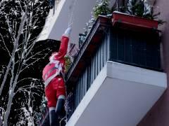 Der Weihnachtsmann unterwegs im Kiez