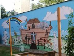 Malaktion in einem Kiezer Hinterhof (an der der Neuen Christstraße)