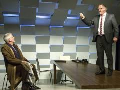 """Ilja Richter und Markus Majowski in """"Der Kredit"""" in der Komödie am Kurfürstendamm / Foto © Frank Wecker"""