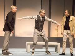 """""""Komplexe Väter"""" in der Komödie am Kurfürstendamm im Schiller Theater / Foto © Frank Wecker"""