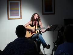 Jessica Sokolove im Café Sartre