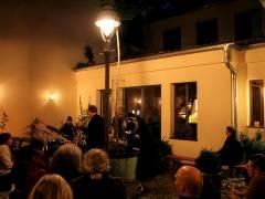 Jazzkonzert im Hinterhof der Wulfsheinstraße