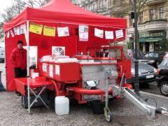 """""""Opa Detti`s Feldküche"""" auf dem Wochenmarkt Klausenerplatz"""