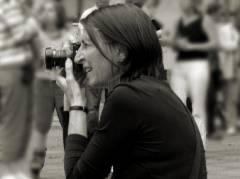 Erika Schneider auf dem Kläre-Bloch-Platz (Brunneneröffnung)