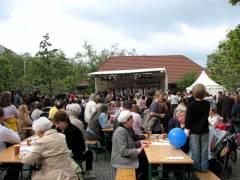 Volles Haus - Kiezfest auf dem Mierendorffplatz 2010
