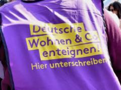 Start der Unterschriftensammkung auf der grossen Mietendemo in Berlin am 6.April 2019