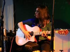 Sologitarre im Mieterclub