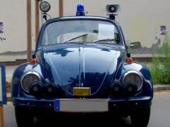 Polizeifest - der VW-Käfer, das ehemalige Standard-Einsatzfahrzeug (HDR-Foto)