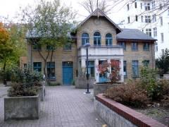 """""""Schwarzwaldhaus"""" mit dem Lisa e.V. am Spandauer Damm 65"""