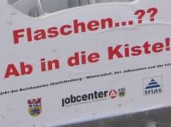"""Pilotprojekt """"Flaschensammler"""" des Bezirksamts Charlottenburg-Wilmersdorf im Lietzenseepark - """"Die Kiste für die Würde des Flaschensammlers"""""""